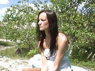 Danish Ella solo