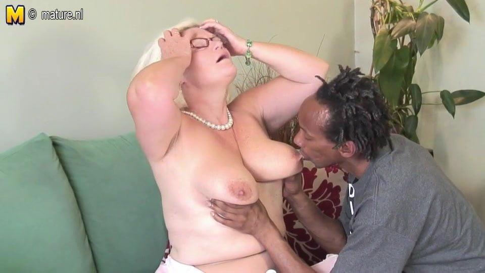 Black Stud Fucks White Girl