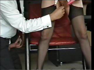 Schamlippenmassage durch den Chef