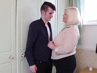 Nonna scopata da giovane nonna stronzo