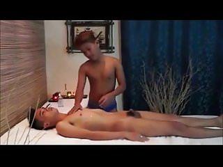 Asia massage mit happy end...