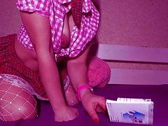 I play a schoolgirl, you just go crazy)