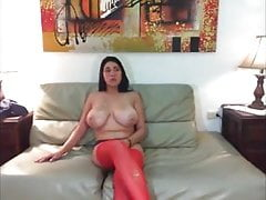 Busty Latina has MMF on webcam
