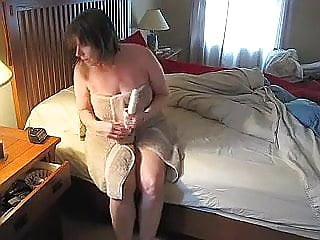 Amateur women masturbating, porn - videos.aPornStories.com
