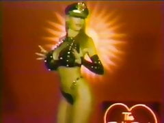 Pandora Peaks strip naked music - The Robyn Byrd Show (1992)