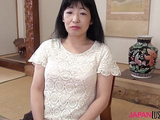 日本奶奶Yuki米山騎馬公雞