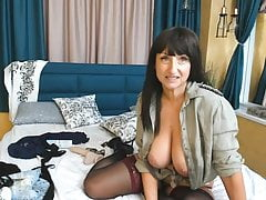 white aussie woman on webcam q's recording 90