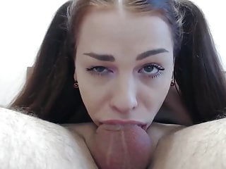 Delicious Amateur Girl Gives Perfect Deepthroat Blowjob