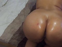 American girl self oil messge on her sexy ass