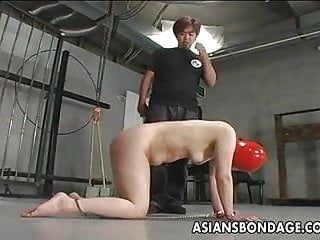 Shackled japanese chick before sucking a hard dic...