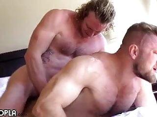 Gay Sex : Sage Hardwell & Bryce Beckett (Bareback)