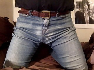 Are My Jeans Are Hiding My Panties Better This Time?