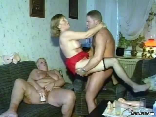 Családi orgia szex videó