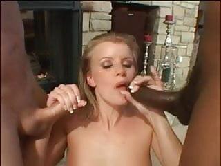 Videa sexuální mučení