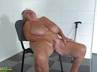 Oldnanny lesbian masturbating...