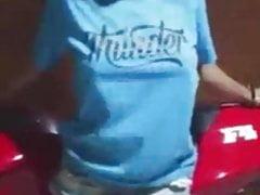 perempuan buka baju Porn Videos