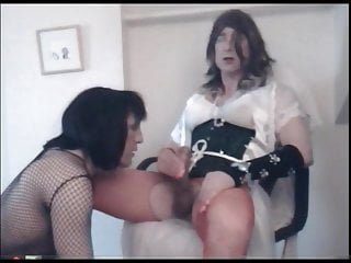 Tammy cd gets a blowjob and wet kiss...