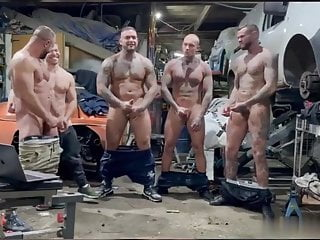 4 Friends Cumming on His Mouth