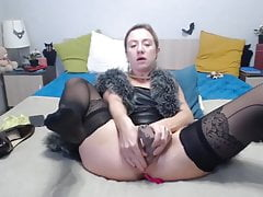 mature lady with beautiful pussy lipsfree full porn
