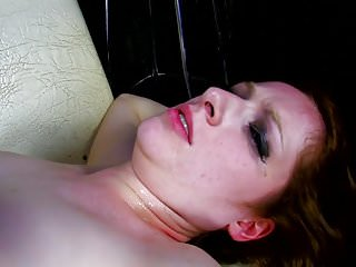 Redhead girl gets sex pussy...