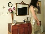 BEAUTIFUL LADY UNDRESSING (THE SOUND OF NYLONS)