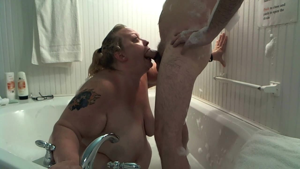 4 In Jacuzzi Porno jacuzzi suck and fuck - daddy, gay porn, gay jacuzzi