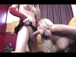 Tgirl Sucking Shemale Till She Cums By twistedworlds