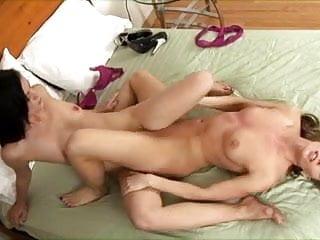 Ariel X and Stephanie Sage