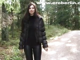 Eroberlin leggings fetish long hair lange haare teen walking