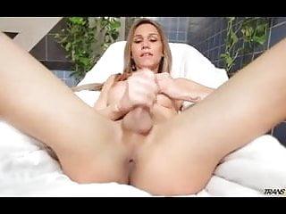 Sexy get herself off...