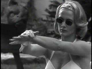 Andrea Thompson - A Gun, a Car, a Blonde 03