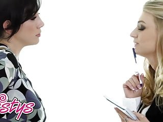 When Girls Play – Natalia Starr Jelena Jensen – A Feminine