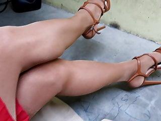 Beautiful highheels pantyhose...