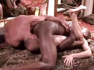 CUM 4 IR RAW DEEP MASSAGE