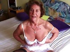Nagymama és fia szex videó