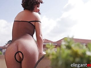 Gaping Euro whore anally pounded and creampied