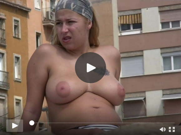 topless blonde friends on the beachsexfilms of videos
