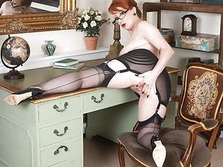 Kinky nylons heels workplace Milf whore finger bangs to orgasm