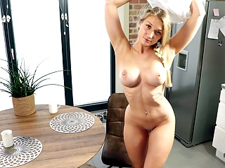 blonde babe gets fucked to orgasm on the kitchen tablePorn Videos