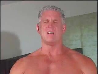 Derek Steel – Daddy's Bubble Butt Boys