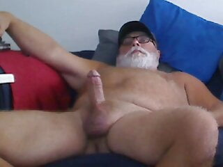 Daddy Bear Hard and Stroking