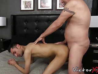 Mature stud clark blown before banging young hole...