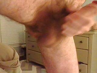 Big dick wank close up