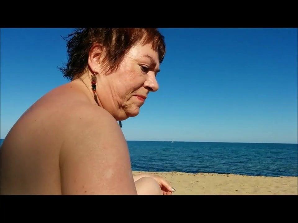 Am strand spanner nackt 〄 Pornovideo: