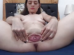 cute girl shows stretchy pussyPorn Videos