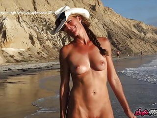 SofieMarieXXX – Irresistible Sofie Marie Teases On The Beach