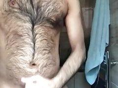 Hairy hunk big cumshot