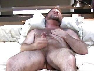 Dad bear unloads