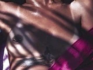 Rihanna nude...