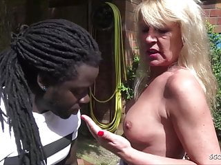 German old woman Cougar Tina Seduce Great Dark skinned Boy Fuck in Backyard